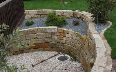 Garten_Natursteinmauer